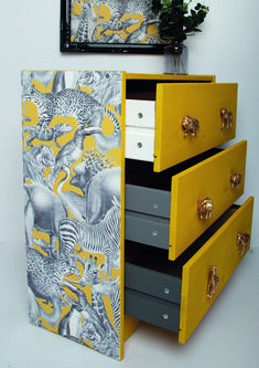 Featuring all the best loved safari animals, Kingdom Lion is a illustrative design enhanced in an on trend mustard and grey palette.