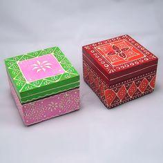 Cajas de madera Pintadas | Toko – Comercio Justo                                                                                                                                                     Más