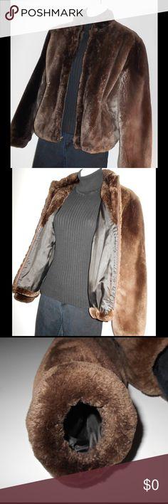 Spotted while shopping on Poshmark: GENUINE CANADIAN SHEARED BEAVER JACKET. SZ S 💞! #poshmark #fashion #shopping #style #Sheared Beaver #Jackets & Blazers