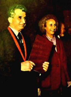 Lovitură de stat 1989 | Nicolae Ceauşescu Preşedintele României site oficial Cold War, Halloween, Military, Spooky Halloween