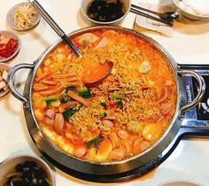 �؍��Ƃ����Γ�I���[�����Ƃ��т��H�ו���̃v�f�`�Q�̂��X�y�L���O�R���O�v�f�`�Q �z Food Porn, K Food, I Love Food, Good Food, Yummy Food, South Korean Food, Food Goals, Aesthetic Food, Food Cravings