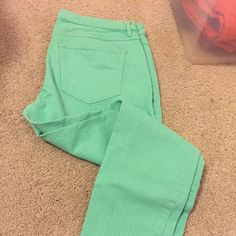 Madewell Bright Jeans Skinny skinny ankle, great color! Madewell Jeans Ankle & Cropped