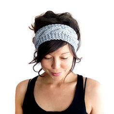 Keep your ears toasty warm and your hair in check on blustery days with this classic cable knit headband, hand-made using chunky, super-soft merino https://www.etsy.com/it/listing/87912277/cable-knit-headband-in-dove-grey-100?ref=market