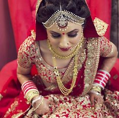 Perfect contrast a right way to wear red lehnga