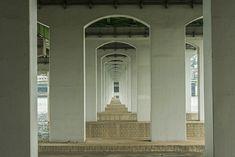 Фото мостов Сеула от Мануэля Альвареса Диестро: бесконечная геометрия