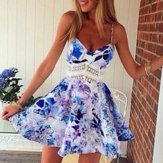 Don't you just LOVE this dress?