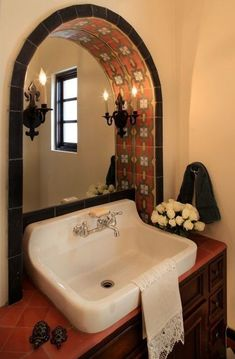 mexican home decor Latino Living: Mexican Decor Inspiration For The Latino Home Spanish Bathroom, Spanish Style Bathrooms, Spanish Home Decor, Mexican Home Decor, Mediterranean Home Decor, Spanish Style Kitchens, Mexican Hacienda Decor, Mexican Bedroom Decor, Mexican Decorations