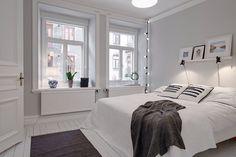Une jolie chambre blanche avec touches de couleur unique