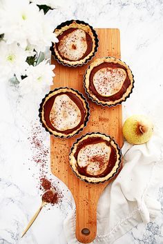 Tartelettes poire-chocolat - / Pear-chocolate pie /  L'appartement Living - A life & style blog