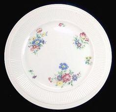 Shenango-China-9-25-Flowers-Ribbed-Border-Porcelain-Plate-Dish-Vintage