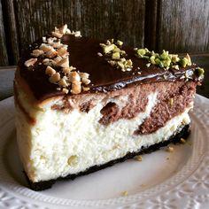 NUTELLA OREO CHEESE CAKE Empezamos nuevo año y yo os traigo,una super tarta de queso. Ya se que la semana próxima ,empezamos todos la dieta.Pero esta receta, la tenéis que hacer,si o si. Seguid los…