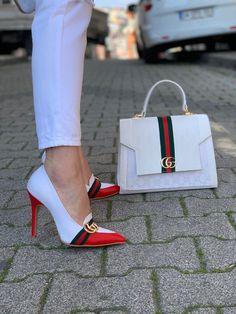 Fashion Handbags, Gucci Fashion, Fashion Shoes, Women's Handbags, Runway Fashion, Fashion Trends, Fancy Shoes, Hot Shoes, Leder Outfits