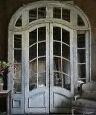 What awesome doors! I'd like these leading to my bedroom... with curtains of course ;)