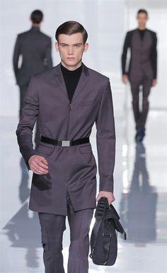 Dior Homme fw 2013-14 makes me think of Star Trek :)
