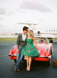 really cute vintage engagement session!