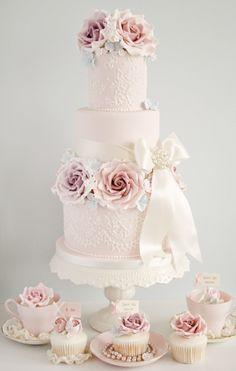 Inspiratie: Pastelkleurige taarten en cupcakes |