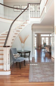 Waterfront home - traditional - entry - new york - Susan Glick Interiors