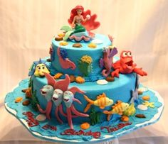 This cake is awesome!My future daughter will get a SWEET cake like this!My favorite Disney Movie is the Little Mermaid!