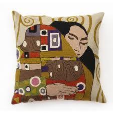 Moden edge #cushioncovers #designs #textiles #pillows #home #homedecor #cushions #covers #tapestries #textiles #designs #home #homedecor #cushioncovers #kathwariofkashmir #textiles #decor #pillows