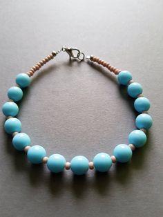Bleu naturel Pastel Bracelet amitié; Bleu naturel pastel Bracelet perles rondes. http://etsy.me/2COkAfQ #schmuck #armband #blau #frauen #glas #karabiner #braceletperleronde #braceletenperles #braceletbleu