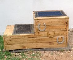 This is a horse mounting block that I made entirely from recycled pallets and a few sprayed horseshoes and brass corners for decoration! I would not recommend the brass corners for spooky horses as they could cut themselves! But so far it works perfectly Horse Stalls, Horse Barns, Horse Tack, Horse Shoes, Horse Mounting Block, Paddock Trail, Horse Shelter, Westerns, Horse Property