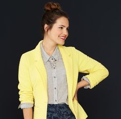 I love the combination of the yellow blazer with the cool print of the skirt.