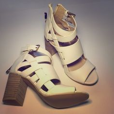Cream Strappy Sandals Box color says white, but it's more off white. lightly worn as seen in photos. Size 6. Zipper in back makes it easy to put on. Shoes Sandals