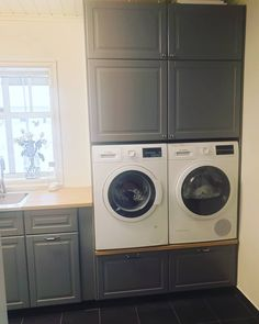Laundry Craft Rooms, Laundry Room Design, Stacked Washer Dryer, Home Goods, Home Improvement, New Homes, Diy Projects, Home Appliances, House Design