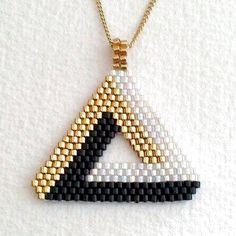 Various brick-based jewelry models Jewelry designs Bead Loom Bracelets, Bracelet Crafts, Diy Schmuck, Schmuck Design, Beaded Jewelry Patterns, Beading Patterns, Beaded Earrings Native, Friendship Bracelets Designs, Fuse Beads