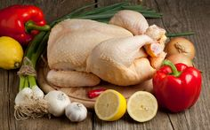 Chicken meat is a popular product in the diet of the USA. It is good for health and ideal for diet. How to choose a fresh and safe chicken, read in our material Fast Good, Ketogenic Diet Food List, Paleo Diet, Starting Keto Diet, Meat Chickens, Baked Chicken Recipes, Weight Loss Meal Plan, Healthy Dessert Recipes, Chicken