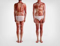 James Titterton et l'art du bronzage  http://www.wikilinks.fr/james-titterton-et-lart-du-bronzage/
