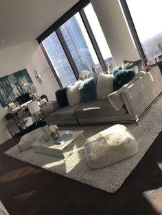 New Apartment Decorating Diy Living Room Pillows Ideas Dream Apartment, Apartment Living, Apartment Goals, Apartment Ideas, Living Room Goals, Living Room Decor, Living Room Inspiration, Home Decor Inspiration, Decor Ideas