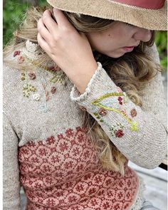 "1,013 curtidas, 6 comentários - ⭐️ Всё лучшее в мире вязания❤️ (@knitted_and_crochet_ideas) no Instagram: ""🌿 @strikke"""