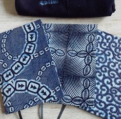 EN Explore our brand new 2017 planners in indigo section in our etsy shop (link in bio)! Indigo is an iconic natural dye used across Africa. The plant is said to have been introduced in the 16th Century by the Portuguese traders on their way back to Europe from India and has been grown and used since in compliment of the earthy coloured dyes from fermented mud or kola nut tree extracts.  FR Venez explorer notre nouvelle section Agendas 2017 Indigo dans la boutique etsy (lien dans la bio)…