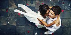 10 ehrliche Eheversprechen, die man auf Hochzeiten niemals hört