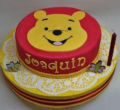 Winnie Pooh Cake by Violeta Glace