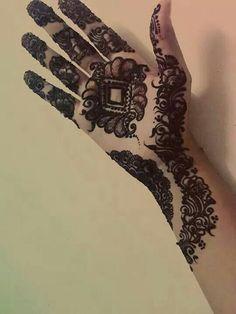 full hand mehndhi design