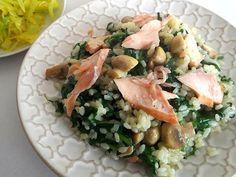 Lososové rizoto so špenátom a šampiňónmi - recept Risotto, Potato Salad, Potatoes, Treats, Chicken, Ethnic Recipes, Sweet Like Candy, Goodies, Potato