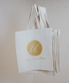 Custom tote bags with gold imprint. Wedding guest favors, Business Giveaway! Perfect for any occasion! #gold #totebag #wedding #business