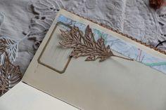 Blätter Stanzteile Framed Scrapbook Paper, Thanksgiving Cards, Paper Frames, Vintage Vibes, Kraft Paper, Junk Journal, Vintage Looks, Ephemera, Birthday Cards