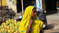 This woman was just one of many, many stunning women we saw along the way, always dressed in brilliant saris.