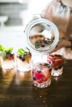 Wild Berry Mojitos b