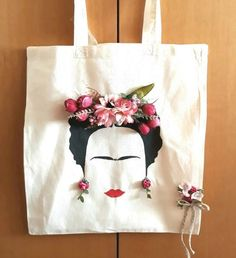 Fashion and Lifestyle Hobbies And Crafts, Diy And Crafts, Arts And Crafts, Sewing Hacks, Sewing Projects, Pochette Diy, Fabric Bags, Cotton Bag, Handmade Bags