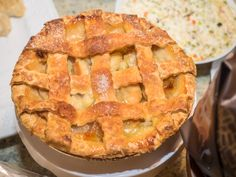 🇺🇸 Pie de manzana americano 🇺🇸    #PieDeManzanaAmericano #applepie #PieDeManzana #TartaDeManzana #postresfaciles Apple Pie, Eat, Cooking, Desserts, Ideas Para, Food, Gourmet, Best Dessert Recipes, New Recipes