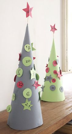 Pull out the number, snip the string, treat falls out advent calendar