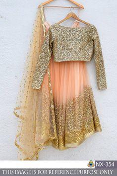 ideas for indian bridal lehenga peach gold Indian Designer Outfits, Indian Outfits, Indian Dresses, Indian Clothes, Pakistani Dresses, Best Wedding Dresses, Bridesmaid Dresses, Gown Wedding, Trendy Wedding