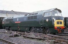 Colour Rail slide DE 1767 of BR Western class diesel hydraulic loco Electric Locomotive, Diesel Locomotive, Steam Locomotive, E Electric, Electric Train, Uk Rail, British Rail, Old Trains, Train Pictures