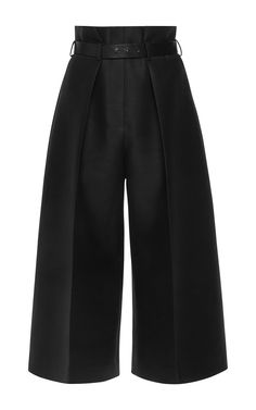 These **Martin Grant** Pleated High Waisted Bermuda Pants features a high rise waistline with belt and pleat detailing, wide leg silhouette, and a cropped hemline. Silk Wool, Black Silk, Casual Chic, Luxury Fashion, Pants For Women, Stylish, How To Wear, Fashion Design, Outfits