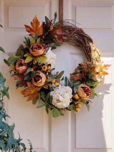 Easy Fall Wreaths, Thanksgiving Wreaths, Thanksgiving Decorations, Christmas Wreaths, Winter Wreaths, Prim Christmas, Spring Wreaths, Summer Wreath, Front Door Decor