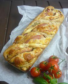 Az áfonya mámora: Háromsajtos sonkás fonat Mozzarella, Breakfast, Breads, Drinks, Morning Coffee, Bread Rolls, Drinking, Beverages, Bread